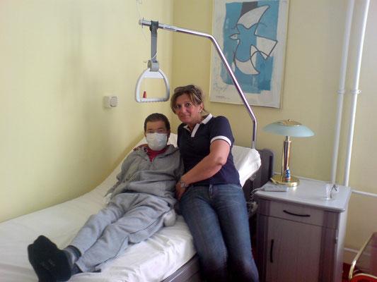Niko Gözüpekli in der Kerckhoff-Klink Bad Nauheim mit Frau Lena