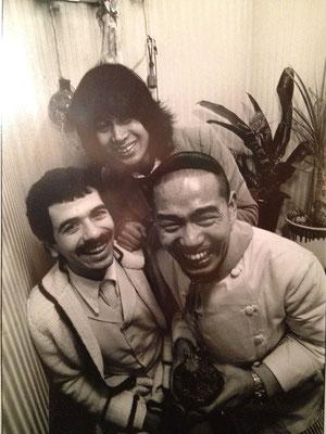 左からカルロスサンタナ、横尾忠則、マスター(24才)