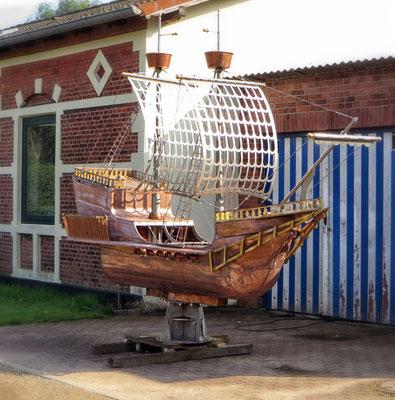 Hansekogge aus Kupfer für das Störtebeker Haus in Hamburg