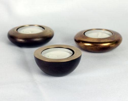 Teelichtleuchter massiv klein in Messing antik