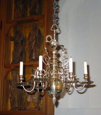 Restauration von flämischen Kronleuchter mit Anlaufschutz