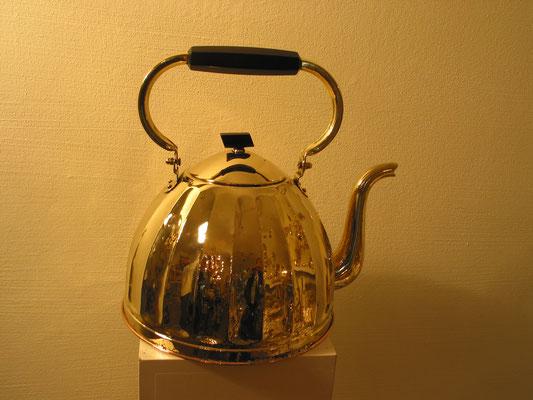 Antiker Teekessel neu aufgearbeitet