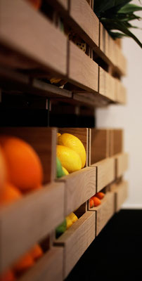 Saftbar The Juice Company Berlin Valchromat schwarz Eiche Massivholz shop design Pistorius Berlin