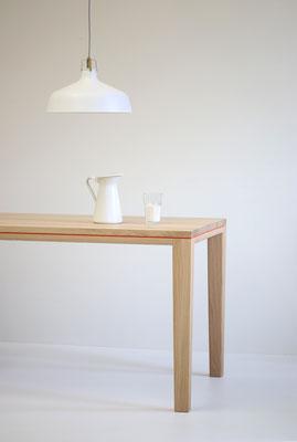 Tisch Esstisch Schreibtisch R10 Linoleum Eiche Massivholz weiß geölt Fuge rot lackiert Pistorius Berlin