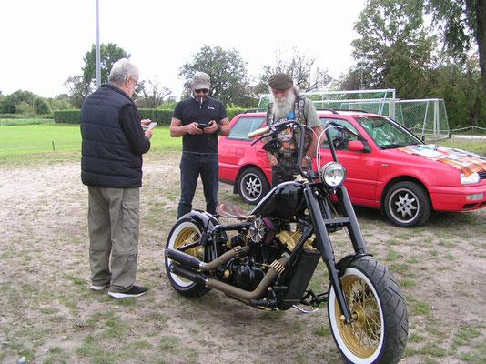 1274 - Honda Shadow vergoldet