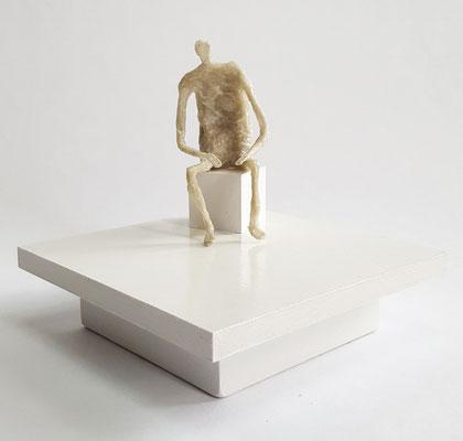 Waiting - 12 cm hoch - Boden 15 x 15 cm