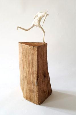 Läufer über's Eck - Figur 12 cm / gesamt 31 cm