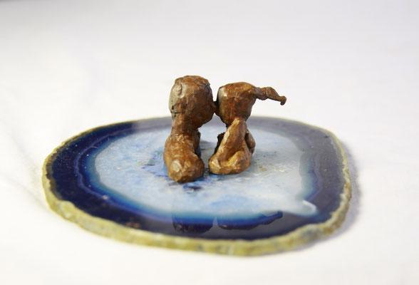 De kus, brons op agaat, 10 cm x 5 cm