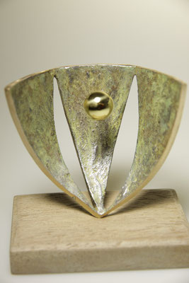 Opdracht UMCG. brons, 15 cm x 12 cm