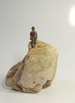 Even 'n moment voor jezelf, brons op natuursteen, 20 - 25 cm x 20 cm
