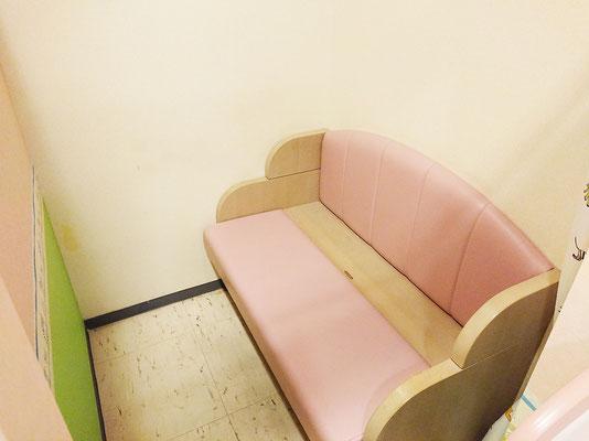 2階 授乳スペース