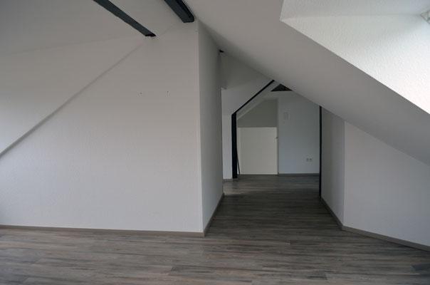 Immobilie in Ennepetal, Maisonettewohnung, Eigentumswohnung, offener Wohnraum im Dachgeschoss