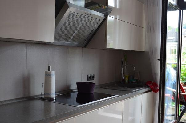 Immobilie in Wuppertal Unterbarmen, Küche, Einbauküche, Balkon