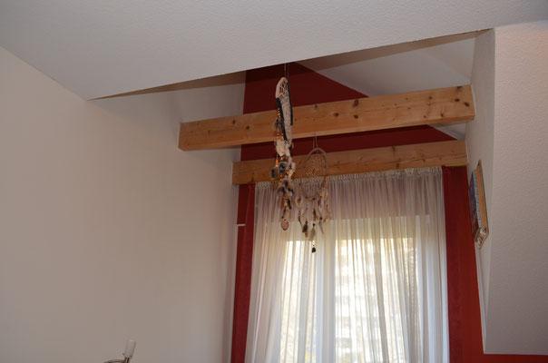 Immobilie in Remscheid, Schlafzimmer, offene Balken
