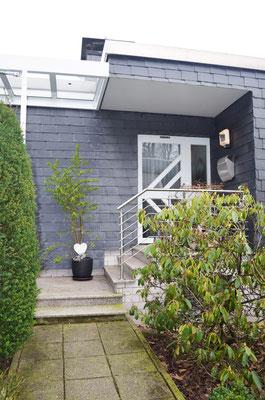 Immobilie in Wülfrath, Bungalow, Reihenmittelhaus, Eingangsbereich, Haustür