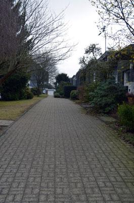 Immobilie in Wülfrath, Bungalow, Reihenmittelhaus, Zuweg