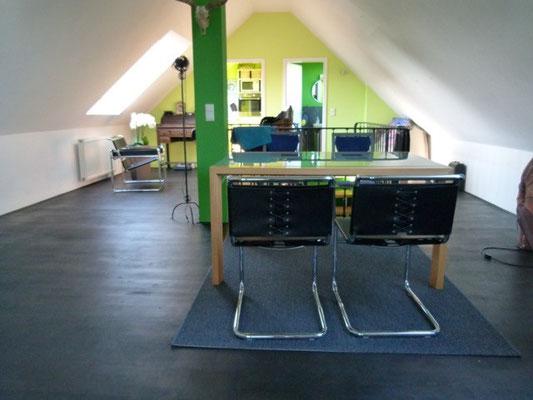 Immobilie in Wuppertal Rondsorf, Wohnraum, Wohnzimmer, sehr individuell, Schrägen