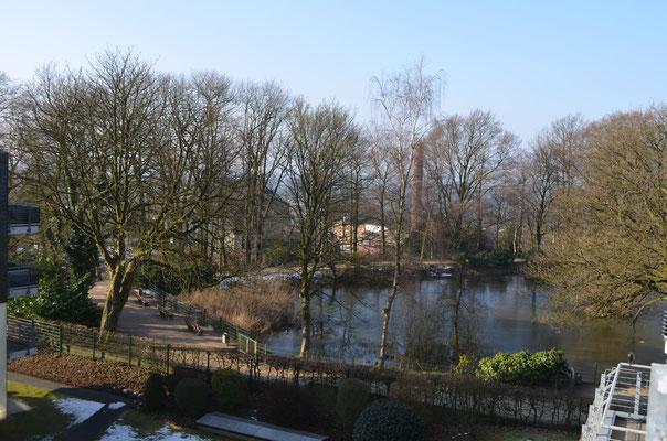 Immobilie in Remscheid, Schlafzimmer, Blick vom Balkon, Stadtpark, Stadtgarten