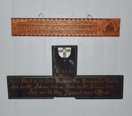 minne i våpenrom i Atrå kirke