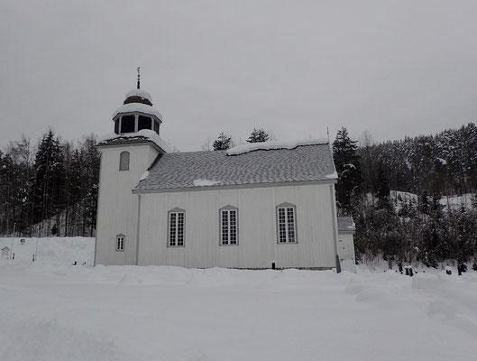 Hovin Kirke vinter