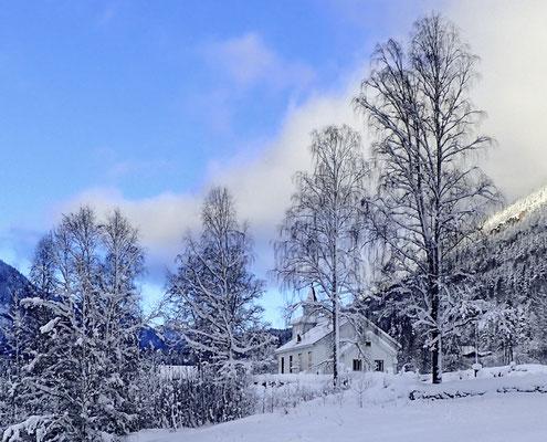 #kvitekyrkjer Atrå kirke vinter