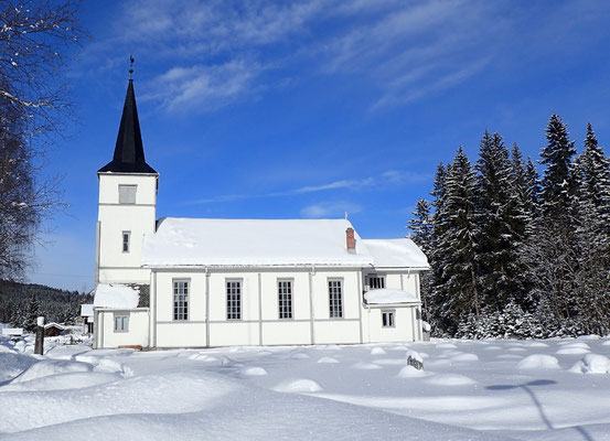Austbygde kirke vinter