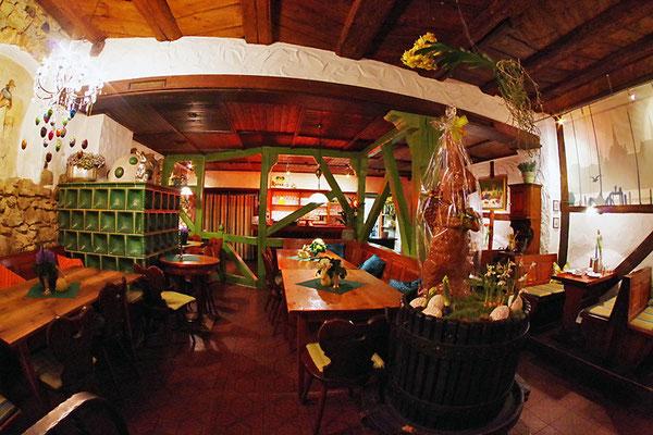 宿泊した Pension am Fischmarkt の食堂。夕方からは飲み屋に変わる