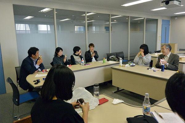 12月02日、中京大学センタービル7F