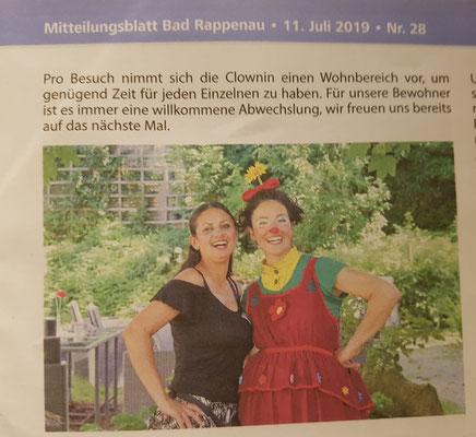Presseartikel über Angelina Haug, die therapeutische Clownin für Senioren in Pflegeeinrichtungen, veröffentlicht mit freundlicher Genehmigung des Mitteilungsblatt Bad Rappenau
