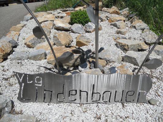 Gartendekoration von der Edelstahl Schlosserei Eduard Holzbauer