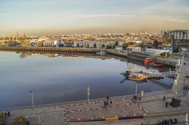 La Boca: Blick auf den Hafen
