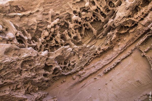 Bizarre Gesteinsformationen in der Quebrada de la Troya