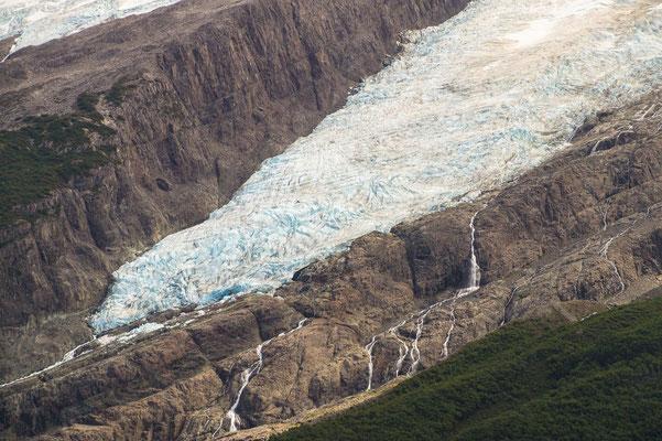 Gletscher auf der gegenüberliegenden Seeseite