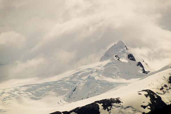 Mächtig und fragil zugleich: das patagonische Eisfeld, das sich bis zum Pazifik erstreckt