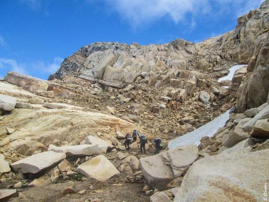 Bald ist der Gipfel des Cerro Cristal erreicht