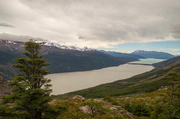 Blick auf den Lago Chico & Lago O'Higgins (Chile)
