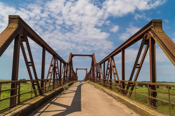 Brücke zwischen Santo Domingo und Segurola