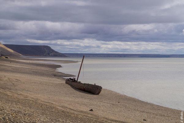 Schiffswrack in Puerto Santa Cruz