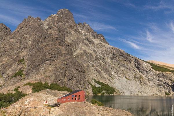 Refugio Italia / Manfredo Segre, Laguna Negra und Cerro Negro