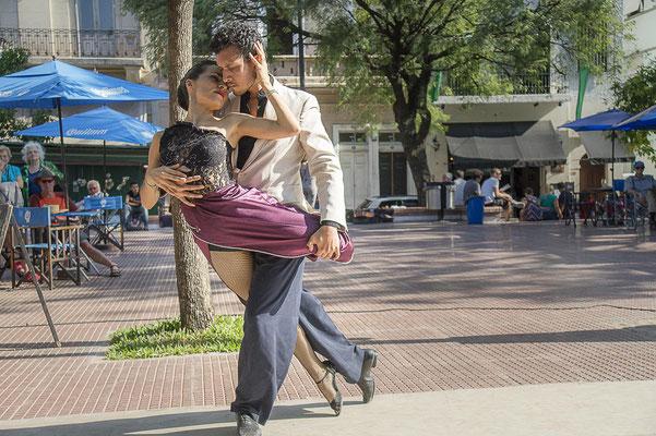 Tango auf der Plaza Dorrego in San Telmo