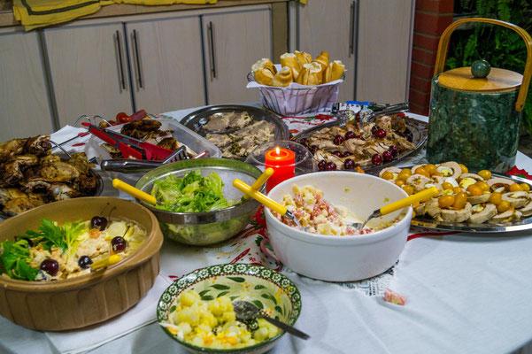 An Heiligabend gibt es in Argentinien meist kaltes Buffet und asado