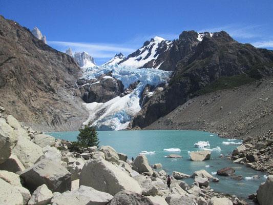 Ein Abstecher zum Glaciar Piedras Blancas vom Camp Poincenot lohnt sich