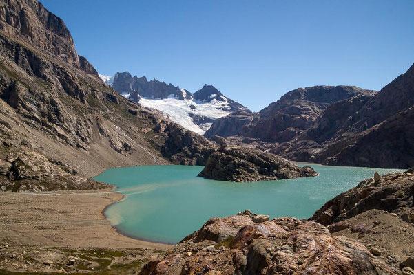 Der Lago Elétrico lädt zu einer Rast ein