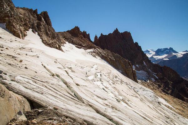 ... denn über den Gletscher führt ohne Steigeisen und Erfahrung natürlich kein Weg.