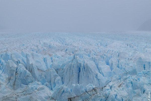 Perito Moreno Gletscher in Patagonien - faszinierendes Naturschauspiel