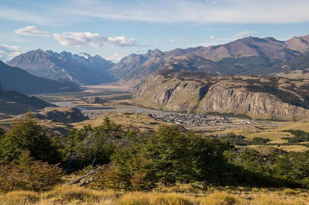 Toller Blick auf das Bergsteigerdorf El Chaltén