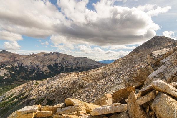 Abstieg vom Cerro CAB zum Mallín del Mate Dulce