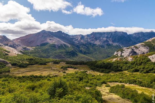 ...sodass wir uns kurz darauf bei Sonnenschein auf den Weg zum Cerro Cristal machen.