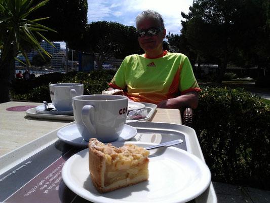 zur Belohnung einen Cafe - Version large