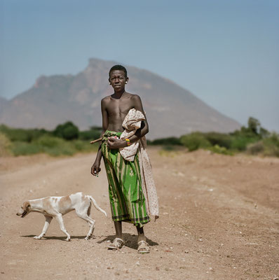 Young shepherd on Laisamis / South Horr road, just before being attacked by Samburu bandits.